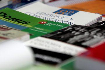 Comunicado 1-2020: Sobre Textos Escolares